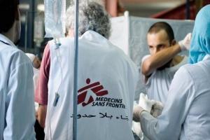 """""""أطباء بلا حدود"""" تحذر من الوضع الصحي في عدن"""