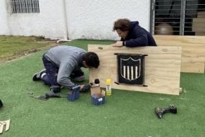 فورلان يستعد لاستئناف الدوري الأوروجوياني بـ «أعمال نجارة»