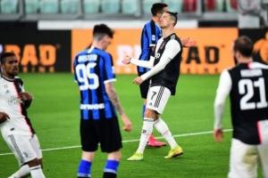 رابطة الدوري الإيطالي توافق على خطة لتحديد بطلا للمسابقة حال توقفها مجددا