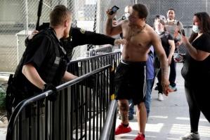 عاجل.. متظاهرون بنيويورك يحاولون عبور جسر مانهاتن