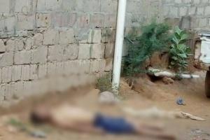 """وسط تكهنات بإصابته بـ""""كورونا""""..وفاة طبيب أجنبي يعمل بمستشفى حريب أمام منزله"""