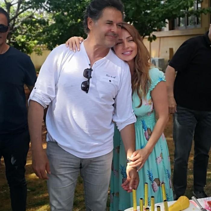 بالصور.. راغب علامة يحتفل بعيد ميلاده بصحبة زوجته ونجليه