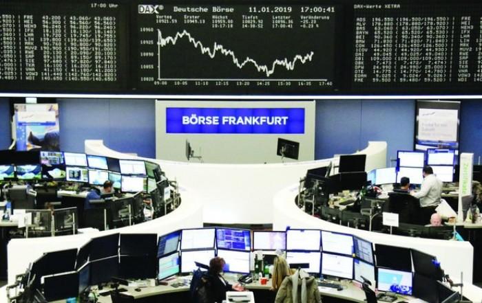 البورصة الأوروبية تتراجع بفعل خسائر قطاعي التكنولوجيا والرعاية الصحية