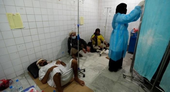 الكوليرا يزاحم كورونا.. أوبئة تُسجِّل موتًا فظيعًا في مناطق الحوثي