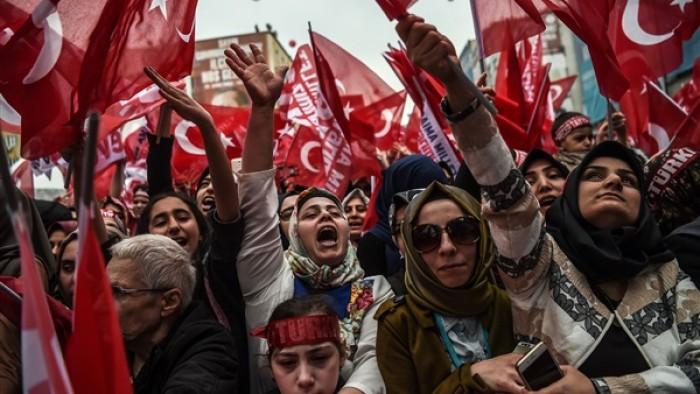 سياسي سعودي عن دعوات التظاهر ضد أردوغان: تركيا تسير نحو الثورة