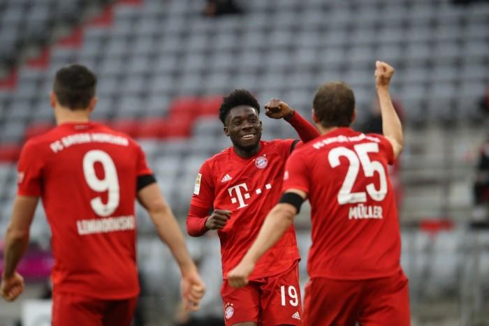 سلطات الكرة الألمانية تخفف القيود جراء كورونا في المباريات