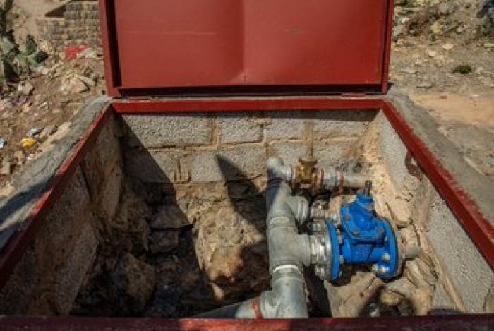 إعادة تأهيل شبكات المياه بمديريات حجة