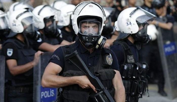 صحفي يكشف تفاصيل اعتقال تركيا لمعارض إيراني