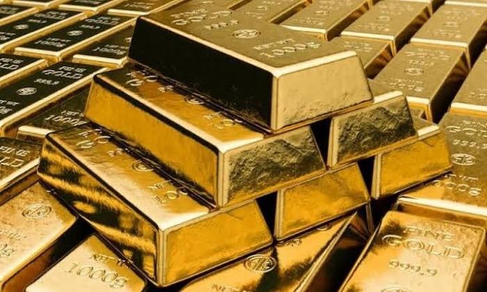 مخاوف الموجة الثانية من تفشي كورونا تدفع الذهب للصعود.. والأوقية تسجل 1725.88 دولار