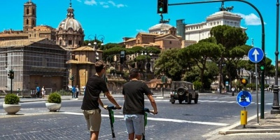 وسيلة نقل جديدة تغزو روما بعد إغلاق كورونا