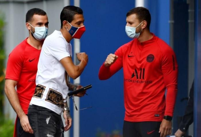 باريس سان جيرمان يعلن إصابة 3 من لاعبيه بفيروس كورونا المستجد