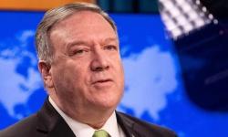 بومبيو: إيران تحصل على السلاح لتقديمه إلى المليشيات الإرهابية