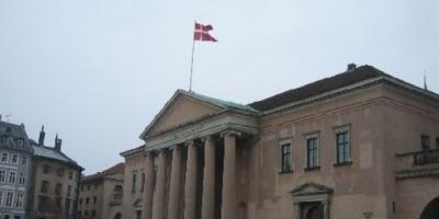 الدنمارك تدين مواطنا نرويجيا بالتجسس لصالح جهاز مخابرات إيراني