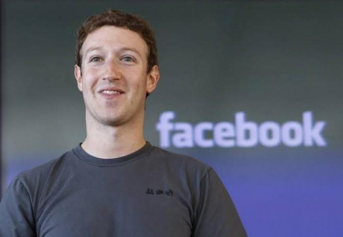"""العنصرية تدفع مؤسس """"فيسبوك"""" لخسارة 7.2 مليار دولارا"""