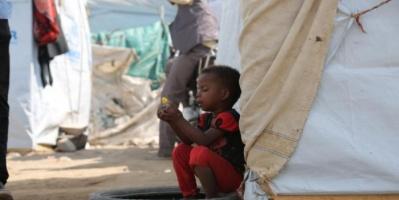 نقص غذاء وغياب ماء.. كورونا ينسف حياة أطفال اليمن