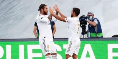 زيدان: راموس وفاران أفضل ثنائي قلب دفاع في ريال مدريد