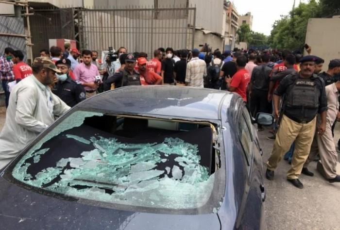 هجوم مسلح على بورصة باكستانية يسفر عن مقتل 6 على الأقل