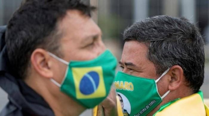 البرازيل تسجل 692 وفاة جديدة بفيروس كورونا