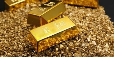 محققاً أعلى مكسب في 4 سنوات.. الذهب يرتفع والأوقية تقترب من 1800 دولار