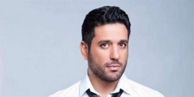 حسن الرداد يحيي ذكرى والده الراحل ويطلب من الجمهور الدعاء له