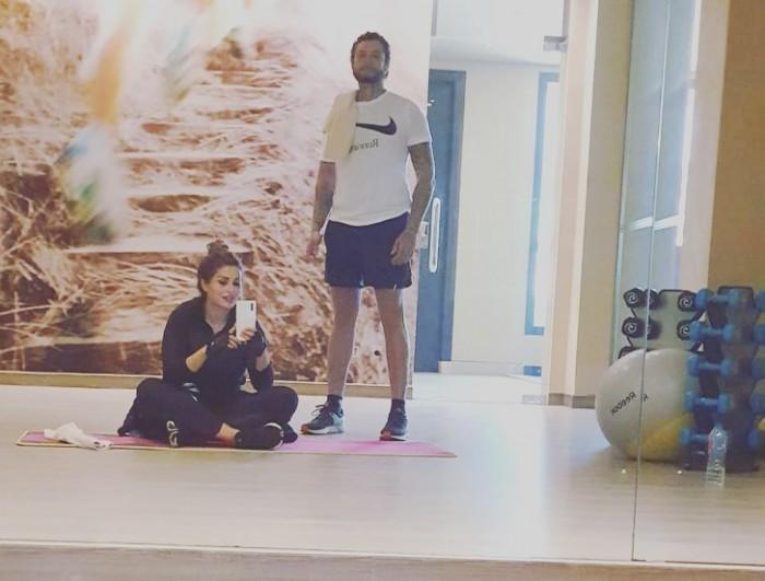 أحمد الفيشاوي في أحدث ظهور مع زوجته :بحبك يا نادية