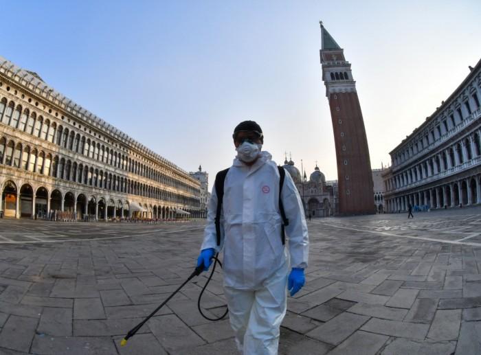 إيطاليا تُسجل 21 وفاة و 187 إصابة جديدة بكورونا