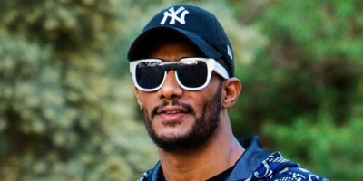 """محمد رمضان ينشر مقطع جديد من أحدث أغانيه """"تيك توك"""""""