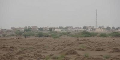 بقصف مكثف.. مليشيا الحوثي تروع أهالي التحيتا