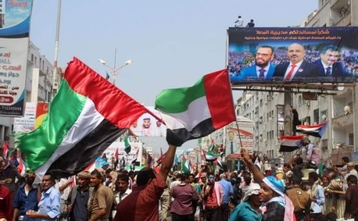 مظاهر الحب والتأييد تطوق الإمارات بالمحافظات المحررة (ملف)