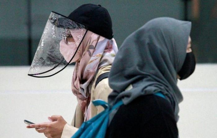 إندونيسيا تسجل 1301 إصابة جديدة بكورونا و49 وفاة