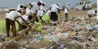 الهلال الإماراتي يدشن حملة نظافة في ذُباب