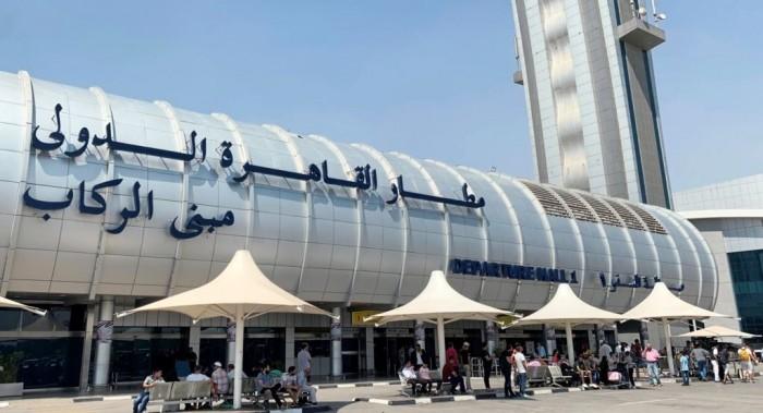 إلغاء فحوصات كورونا للعالقين في مصر