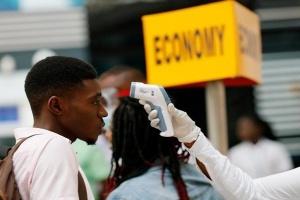 جنوب أفريقيا تُسجل 74 وفاة و10 آلاف و853 إصابة جديدة بكورونا