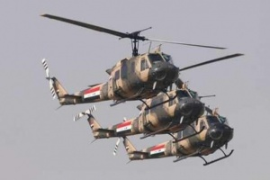 تحليق مروحي فوق محيط مطار بغداد بعد سقوط صاروخ كاتيوشا