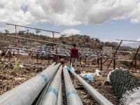 أوكسفام تضخ المياه لنازحي مخيم وادي البركاني