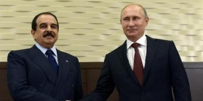 العاهل البحريني والرئيس الروسي يبحثان الملف السوري وسبل مكافحة كورونا