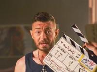 """أحمد زاهر ينشر صور جديدة من كواليس """"زنزانة 7"""""""