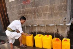 خزان ماء من الإنمائي يزود عمران بالمياه