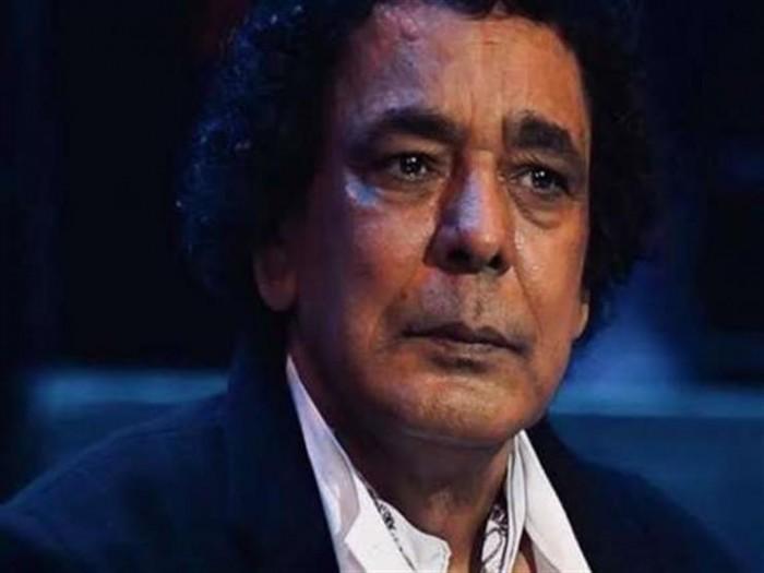 لهذا السبب.. وجه محمد منير رسالة اعتذار لـ فتيات مصر
