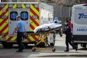 أمريكا تُسجل 932 وفاة و50 ألفًا و304 إصابة جديدة بكورونا