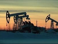 خبراء اقتصاديون يتوقعون قفزة كبيرة في أسعار النفط
