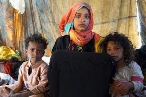 """""""الأغذية العالمي"""" يحذر: شبح المجاعة يخيم على اليمن"""