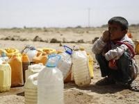 """""""موتى على قيد الحياة"""".. الحوثي يحرم السكان من المياه"""