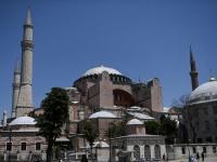 """الكنيسة الأرثوذكسية تعلق على أزمة  """"آيا صوفيا"""""""