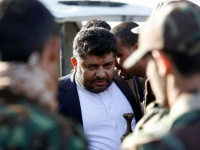 مليشيا الحوثي توثّق فساد وزراء المؤتمر بحكومتها