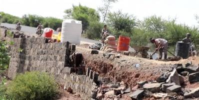 دمرتها السيول.. إعادة تأهيل الطرق في الأزارق