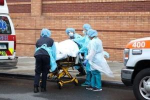 أمريكا تُسجل 906 وفيات و62 ألفًا و918 إصابة بفيروس كورونا