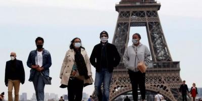 فرنسا: انخفاض أعداد المصابين بكورونا في المستشفيات إلى 6983