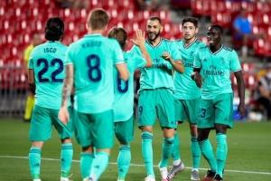 ريال مدريد يهزم غرناطة بملعبه ويقف على بعد خطوة من التتويج بلقب الدوري الإسباني