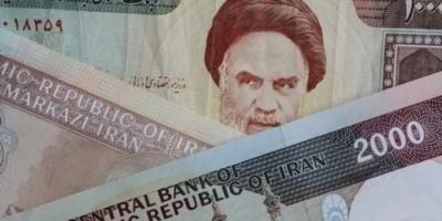 سياسي عراقي يعلق على انهيار العملة الإيرانية
